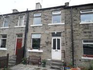 2 bedroom Terraced home in Wakefield Road...