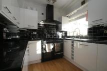 2 bed End of Terrace house to rent in Henderson Road, CR0