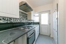 3 bedroom Detached house to rent in Warlingham Road, CR7