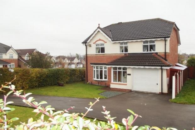 4 bedroom detached house for sale in dartmouth avenue