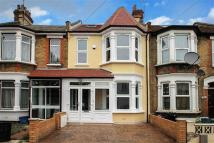 5 bed property in Eton Rd, Ilford, IG1