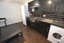 Flat to rent in Susannah Street...