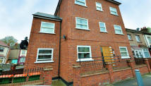 Flat to rent in Burges Road, East Ham, E6