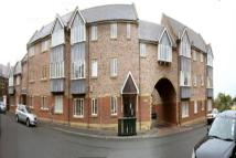 Priory Mews Flat to rent
