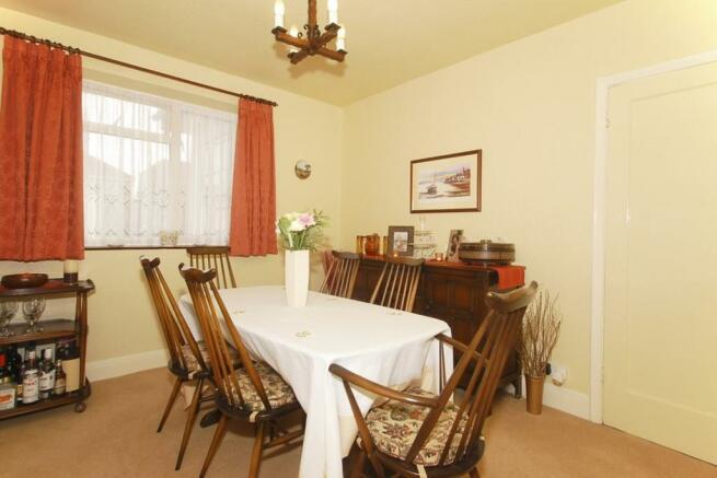 Dining/Bedroom 3