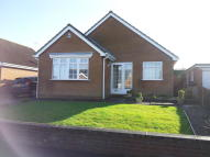 2 bed Detached Bungalow in Knaresborough Avenue...