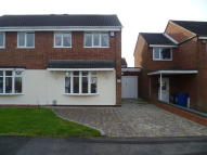3 bed semi detached house in Foxglove, Amington