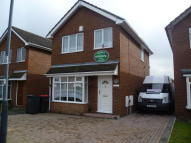 Detached home to rent in Sycamore Road, Kingsbury