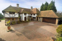 5 bedroom Detached property in Minster, Ramsgate, Kent