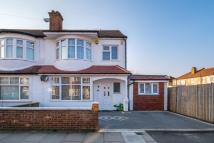 5 bedroom End of Terrace home in Edgehill Road, Mitcham...