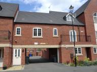 Flat to rent in Village Mews, Burton