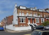 4 bedroom house in St. Dunstans Road, W6