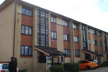 2 bedroom Apartment in Boycott Avenue, Oldbrook...