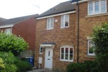 End of Terrace house to rent in Pump Place...