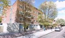 property to rent in Three Bedroom Apartment Swiss Cottage