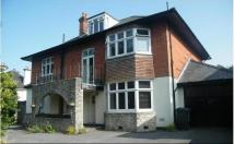 3 bed Maisonette to rent in Queens Park South Drive...
