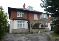 Flat to rent in Queens Park South Drive...