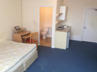 Studio flat to rent in St. Michaels Road...