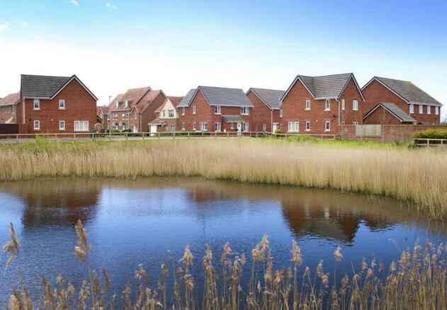 Hawley Gardens pond