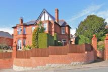 6 bedroom Detached house in Romilly Park Road, Barry