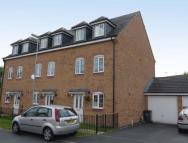 4 bedroom Town House in Comfrey Close...