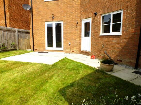 Garden & Patio 1