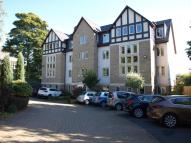 Flat in Park Avenue, Roundhay...
