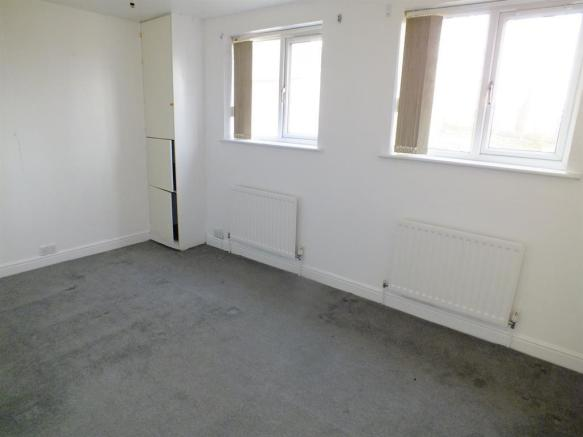Ground Floor Bed2