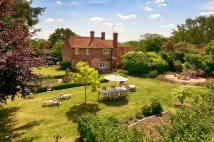 4 bed Farm House in Ulcombe Road, Headcorn...