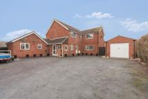 5 bed Detached home in Valiant Close, Melksham...
