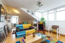 2 bed Maisonette for sale in South Hill Park, London...
