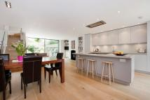 4 bed End of Terrace property to rent in LANARK ROAD, London, W9