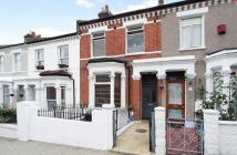 Flat in Alderbrook Road, London