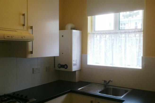 kitchen (002).JPG