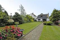 4 bed Detached home in Burford Road, Bickley...