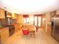 5 bedroom Flat in Hanley Road...
