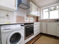 Flat to rent in Lyttleton Road, Haringey...