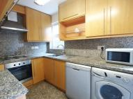 2 bedroom Flat in Parkhurst Road...
