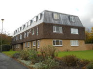 Apartment to rent in Iona Way, Haywards Heath...