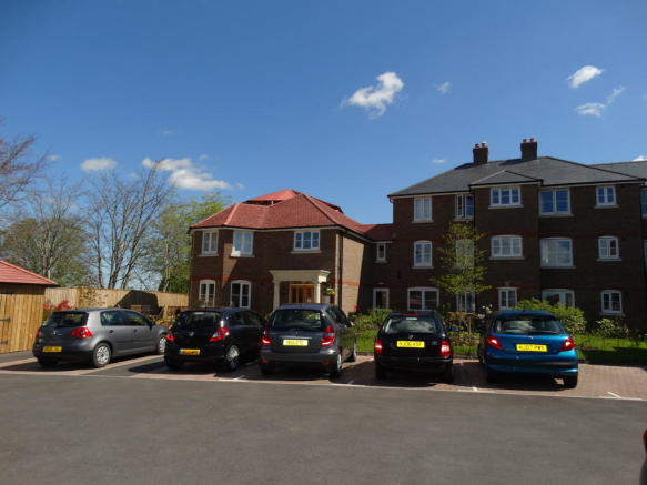 2 Bedroom Apartment For Sale In Bridport Road Dorchester Dt1