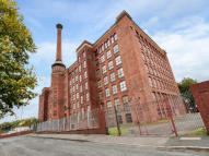 1 bed Apartment in Lower Vickers Street...