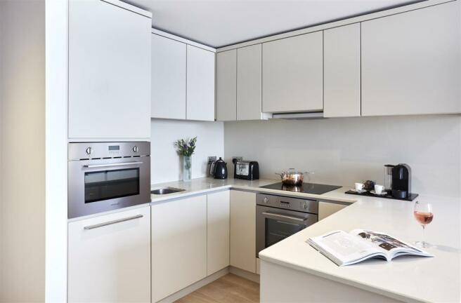 Citysuites-kitchen.jpg