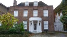 6 bedroom property to rent in Acacia Place, NW8
