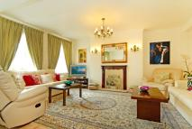 Flat for sale in Hamilton Court, W9