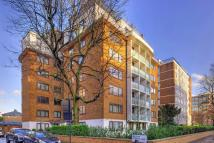 2 bed Flat in Queens Court, NW8