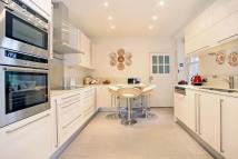 4 bed Flat to rent in St Stephens Close...