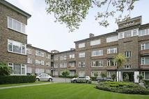 4 bedroom Flat to rent in Avenue Close...