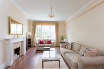 Flat in Clifton Court...
