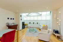 2 bed home in Walpole Mews, NW8