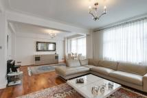 Flat for sale in Northways...